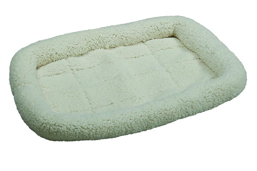 Smart Pet Love Simply Essential Ultra-Soft Dog Bed, Off-White, Medium