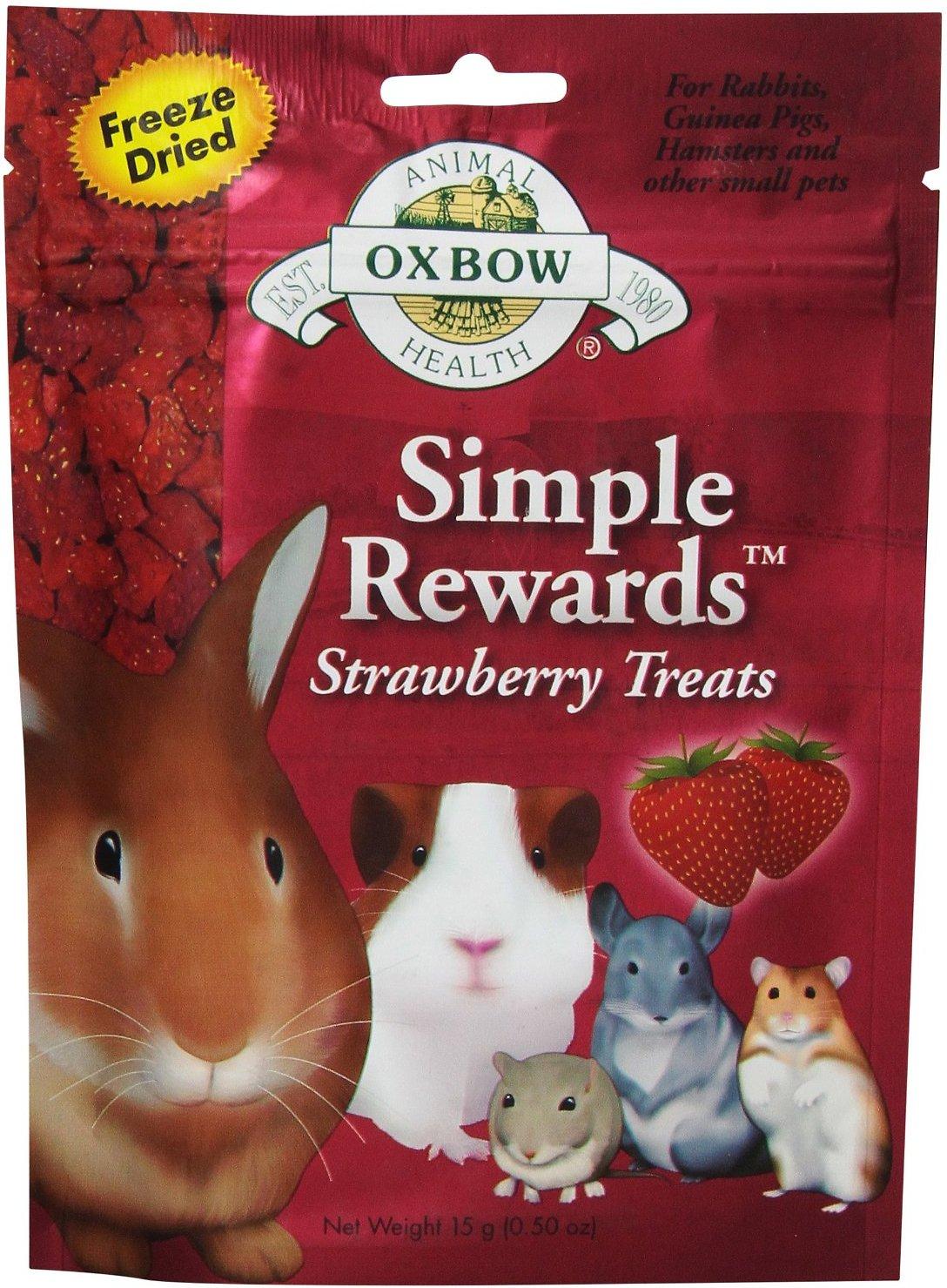 Oxbow Simple Rewards Freeze-Dried Strawberry Small Animal Treats, .5-oz bag