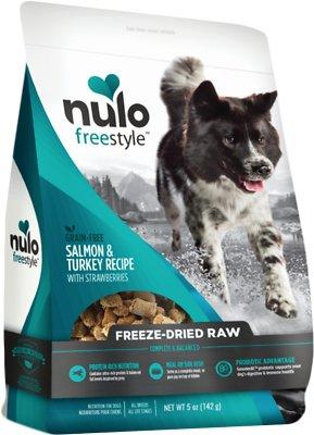 Nulo Dog Freestyle Grain-Free Salmon & Turkey Recipe With Strawberries Freeze-Dried Raw Dog Food, 5-oz bag