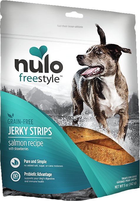 Nulo Dog Freestyle Grain-Free Salmon Recipe With Strawberries Jerky Dog Treats, 5-oz bag