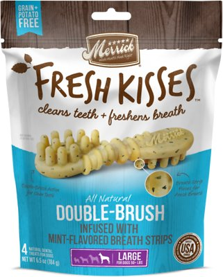 Merrick Fresh Kisses Double-Brush Mint Breath Strips Large Grain-Free Dental Dog Treats, 4 count