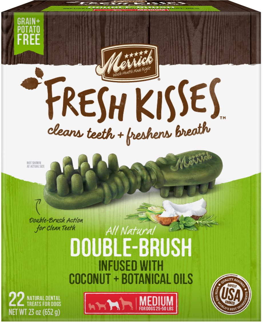 Merrick Fresh Kisses Double-Brush Coconut Oil & Botanicals Medium Grain-Free Dental Dog Treats Image