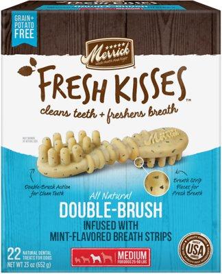 Merrick Fresh Kisses Double-Brush Mint Breath Strips Medium Grain-Free Dental Dog Treats, 22 count