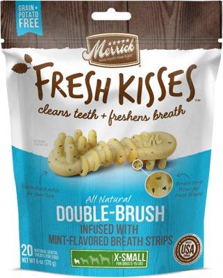 Merrick Fresh Kisses Double-Brush Mint Breath Strips Extra Small Grain-Free Dental Dog Treats, 20 count