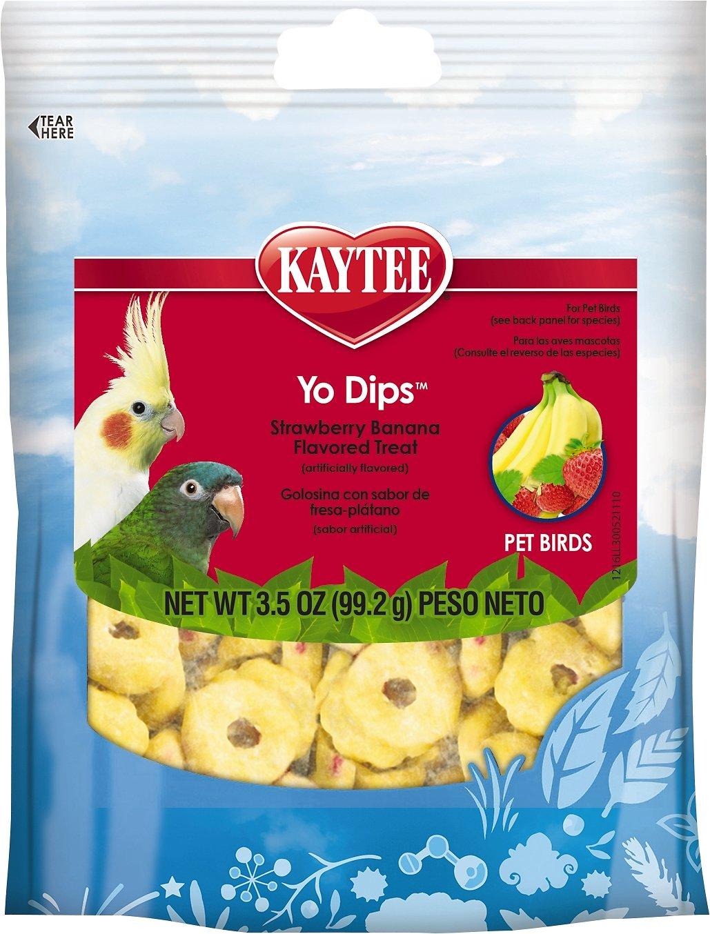 Kaytee Fiesta Strawberry Banana Flavored Yogurt Dipped Small Hookbill Bird Treats, 3.5-oz bag