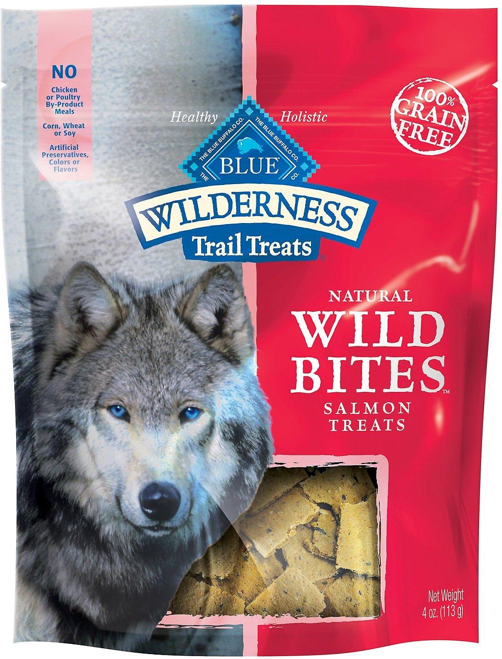 Blue Buffalo Wilderness Trail Treats Salmon Wild Bites Grain-Free Dog Treats, 4-oz bag Image
