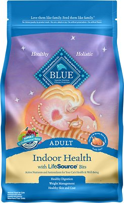Blue Buffalo Indoor Health Chicken & Brown Rice Recipe Adult Dry Cat Food, 3-lb bag