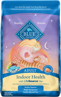 Blue Buffalo Indoor Health Chicken & Brown Rice Recipe Adult Dry Cat Food, 15-lb bag
