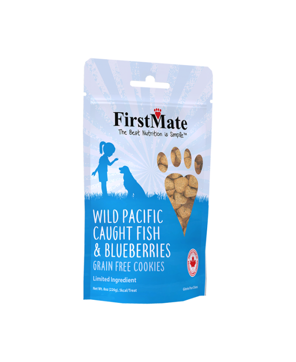 FirstMate Wild Pacific Caught Fish & Blueberries Dog Treat, 8-oz