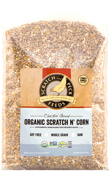 Scratch & Peck Organic Scratch N' Corn for Chickens, 25-lb (Size: 25-lb) Image